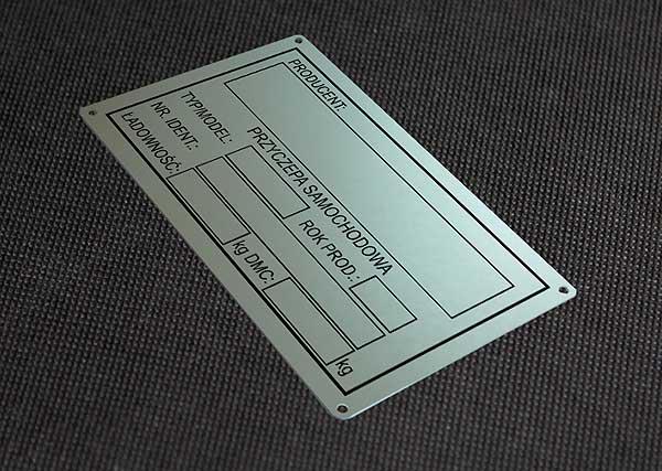 Tabliczka znamionowa do przyczepy samochodowej