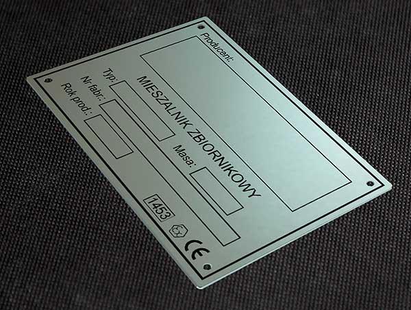 Tabliczka znamionowa domieszalnika zbirnikowego